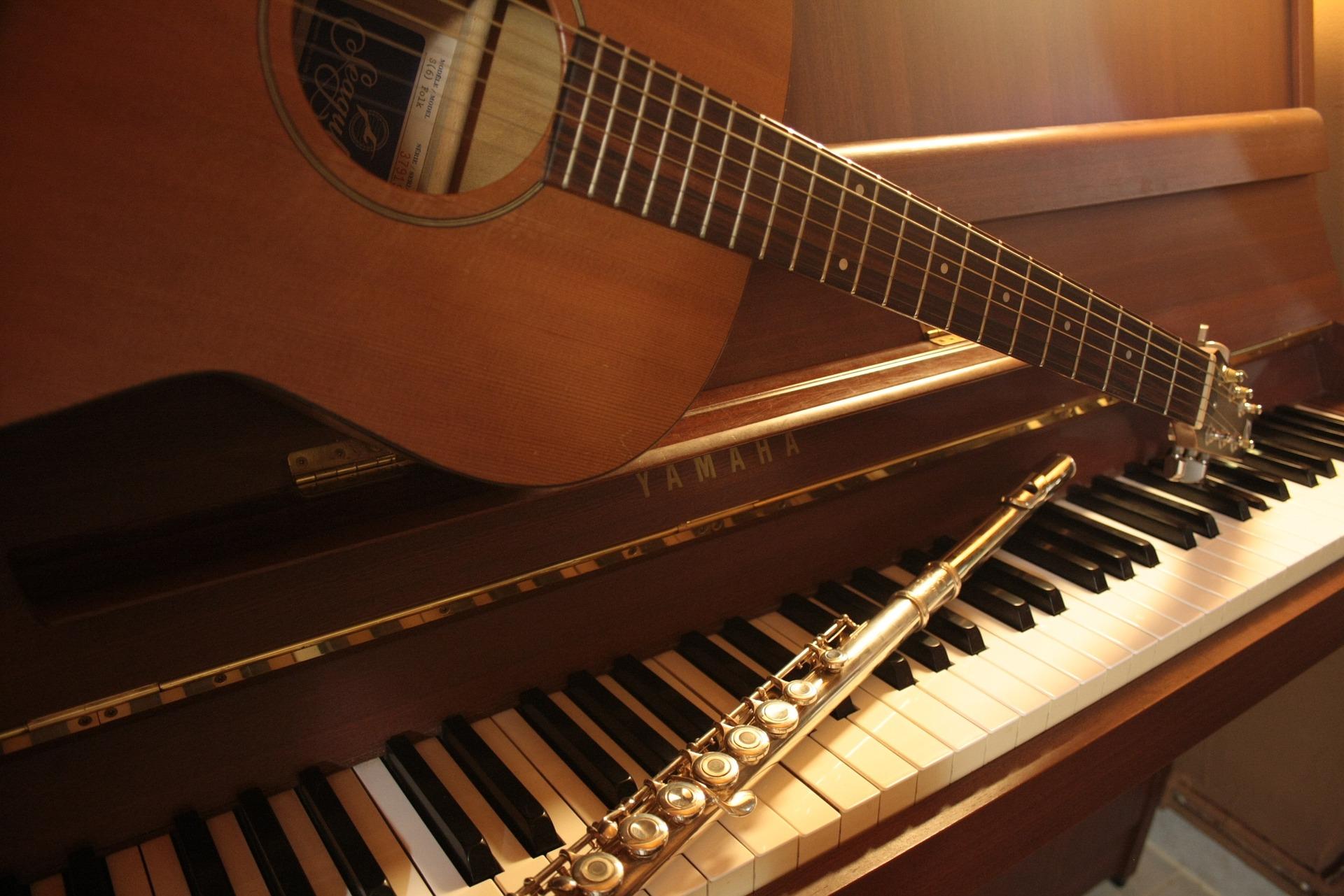 Les instruments dans l'église